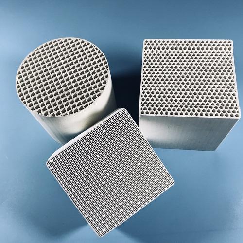 蜂窝陶瓷:150x150x300x(60x60) 孔蜂窝陶瓷